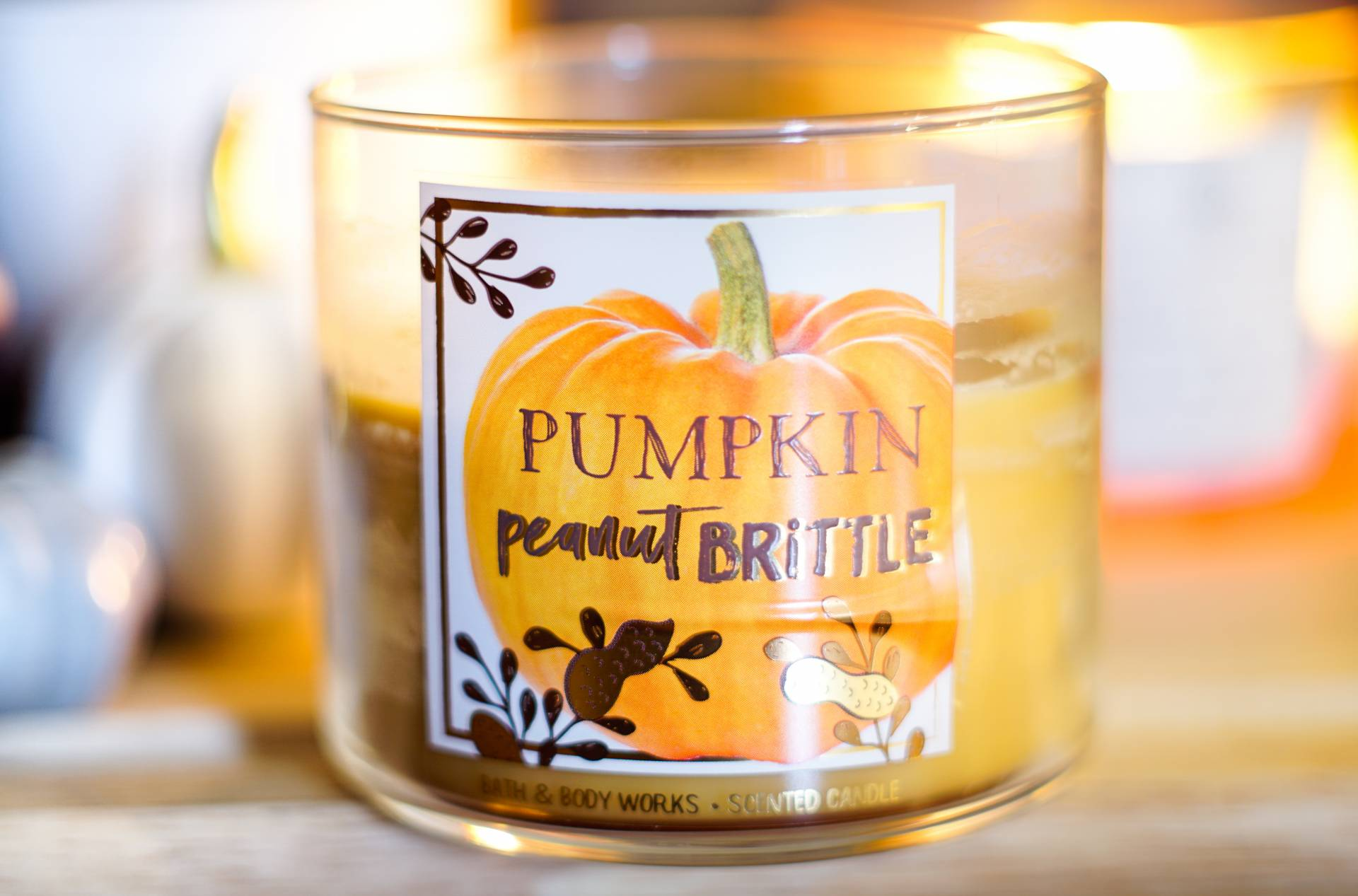 bath and body works bbw pumpkin peanut brittle candle review